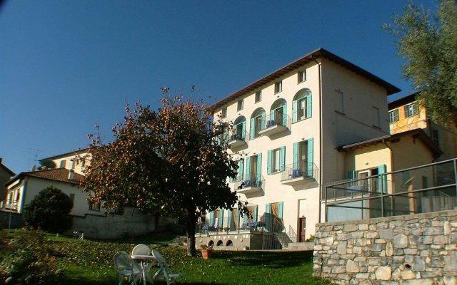 Отель Residence Celeste Меззегра вид на фасад