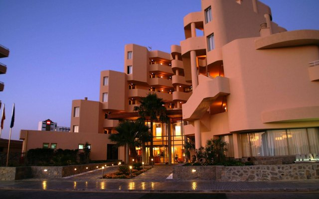 Отель Marins Cala Nau вид на фасад