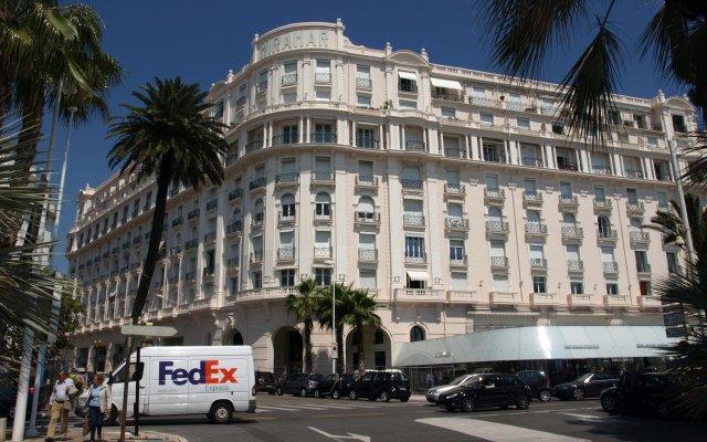 Отель Azur Cannes Le Romanesque Франция, Канны - отзывы, цены и фото номеров - забронировать отель Azur Cannes Le Romanesque онлайн вид на фасад