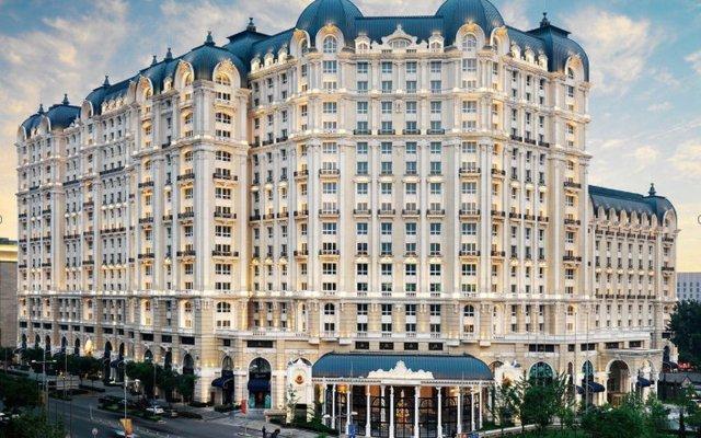 Legendale Hotel Beijing вид на фасад