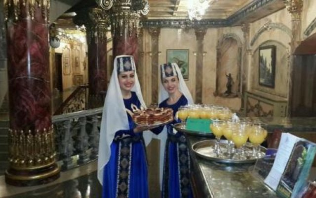 Aleksandrapol Hotel