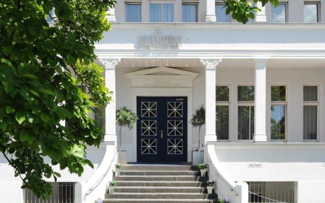 Отель Villa Viktoria вид на фасад