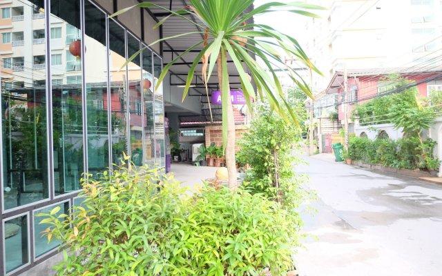 Отель Area 69 Don Muang Maison вид на фасад
