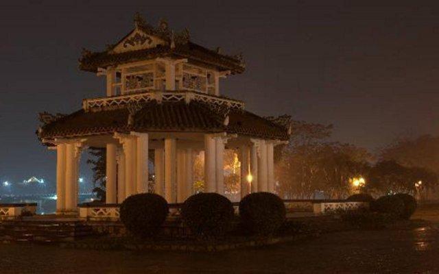 Отель Lam Bao Long Hotel Вьетнам, Хюэ - отзывы, цены и фото номеров - забронировать отель Lam Bao Long Hotel онлайн вид на фасад