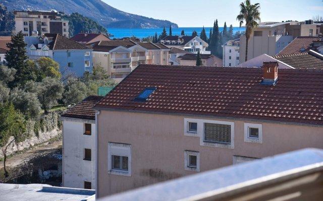 Отель TATJANA Будва вид на фасад