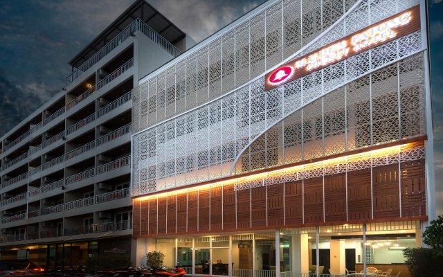 Отель M.U.DEN Patong Phuket Hotel Таиланд, Пхукет - отзывы, цены и фото номеров - забронировать отель M.U.DEN Patong Phuket Hotel онлайн вид на фасад