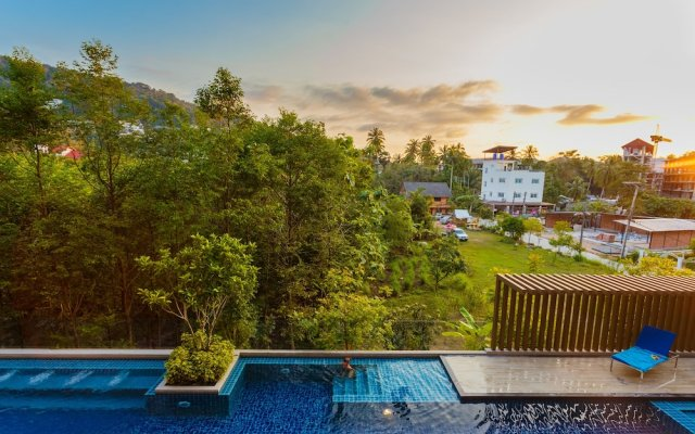 Отель Aristo Resort Phuket 620 by Holy Cow