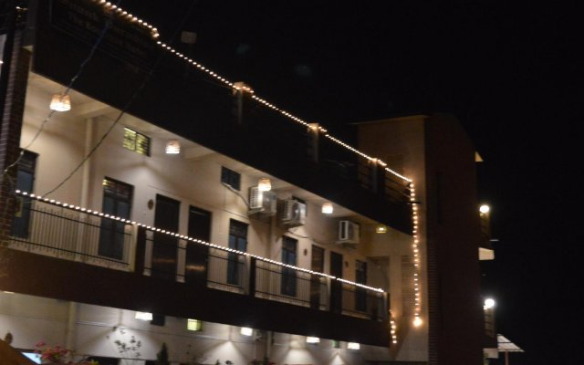 Soank Paradise Hotel in Rishikesh, India from 16$, photos, reviews - zenhotels.com hotel front