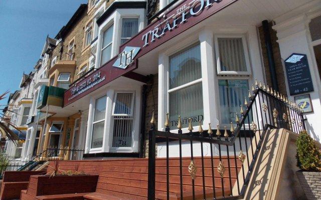 The Trafford Hotel вид на фасад