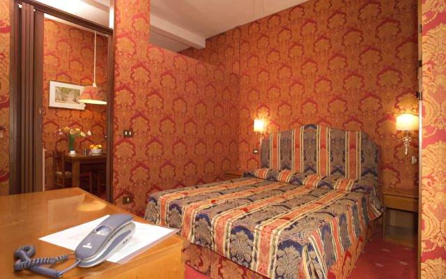 Отель Ponte Bianco Италия, Рим - 13 отзывов об отеле, цены и фото номеров - забронировать отель Ponte Bianco онлайн комната для гостей