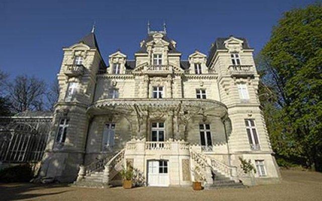 Отель Château Bouvet Ladubay Сомюр вид на фасад
