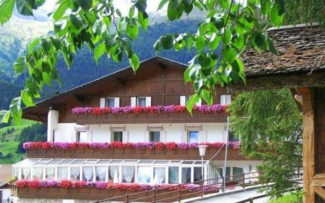 Hotel Etschquelle Горнолыжный курорт Ортлер вид на фасад