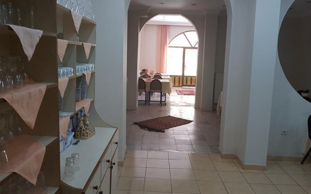 Отель Atllgan Otel комната для гостей
