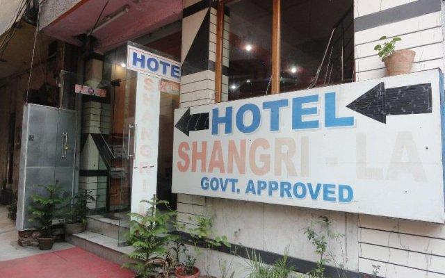 Hotel Shangri - La - Paharganj вид на фасад
