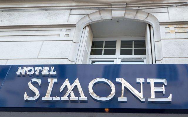 Отель Hôtel Simone вид на фасад