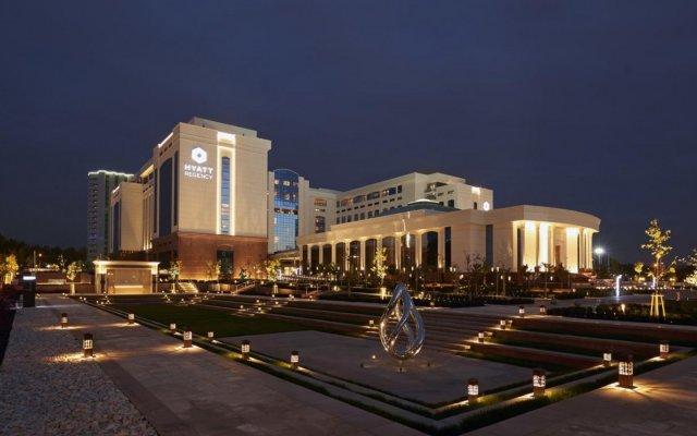 Отель Hyatt Regency Tashkent вид на фасад