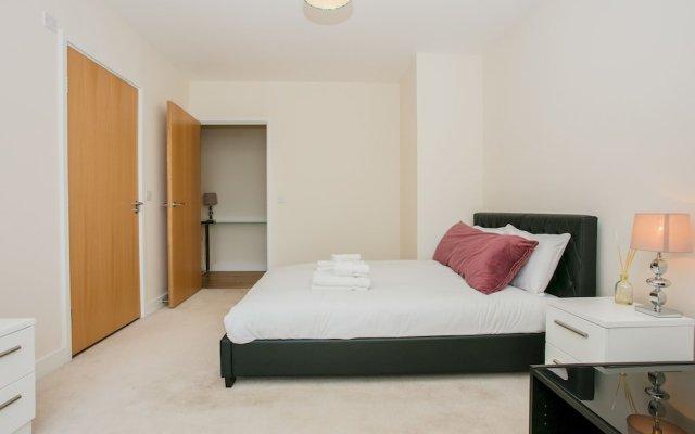 Отель Finsbury Park 2 Bedroom Flat On The Canal Великобритания, Лондон - отзывы, цены и фото номеров - забронировать отель Finsbury Park 2 Bedroom Flat On The Canal онлайн комната для гостей