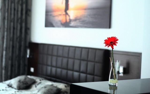 Отель Sky View Luxury Apartments Черногория, Будва - отзывы, цены и фото номеров - забронировать отель Sky View Luxury Apartments онлайн комната для гостей