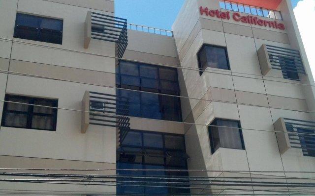Отель California Филиппины, Лапу-Лапу - отзывы, цены и фото номеров - забронировать отель California онлайн вид на фасад