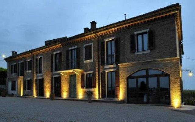 Отель Cascina San Michele Костиглиоле-д'Асти вид на фасад