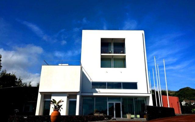 Отель ANC Experience Resort Португалия, Агуа-де-Пау - отзывы, цены и фото номеров - забронировать отель ANC Experience Resort онлайн вид на фасад