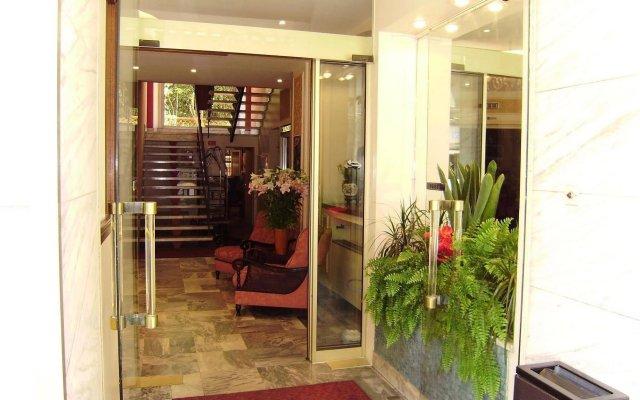 Отель Busby Франция, Ницца - 2 отзыва об отеле, цены и фото номеров - забронировать отель Busby онлайн вид на фасад