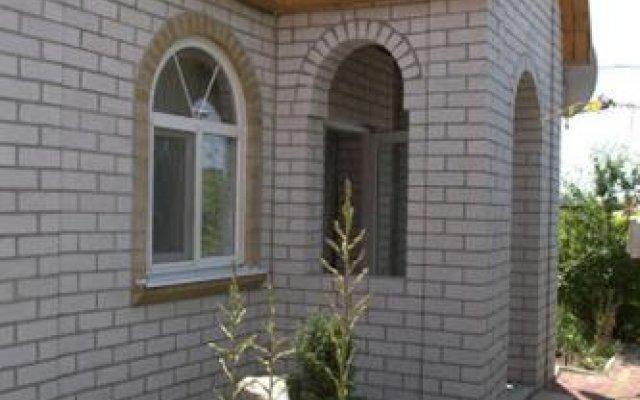 Гостиница Galina Guesthouse Украина, Бердянск - отзывы, цены и фото номеров - забронировать гостиницу Galina Guesthouse онлайн вид на фасад