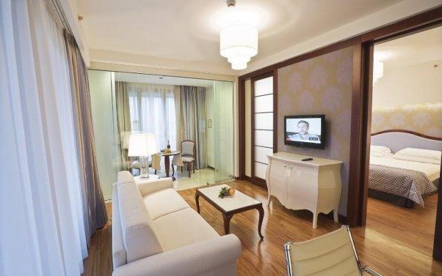 Отель UNAHOTELS Expo Fiera Milano Италия, Милан - отзывы, цены и фото номеров - забронировать отель UNAHOTELS Expo Fiera Milano онлайн