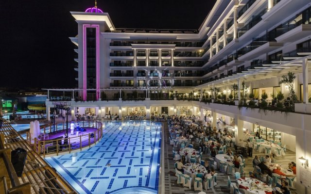 Отель La Grande Resort & Spa - All Inclusive вид на фасад