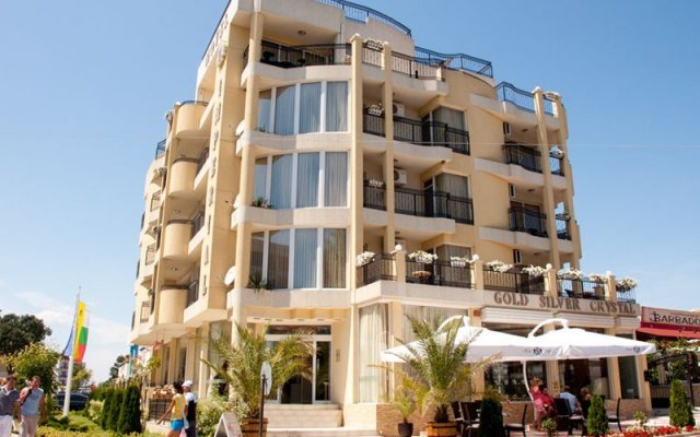 Family Hotel Imperial вид на фасад