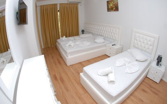 Hotel Iliria 2