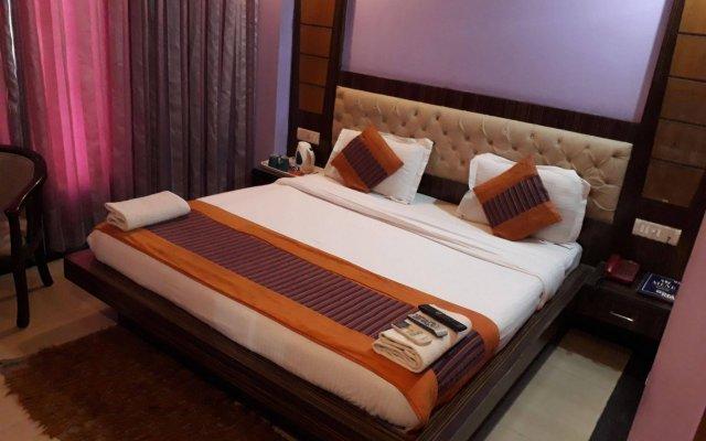 Отель Grand Plaza Индия, Нью-Дели - отзывы, цены и фото номеров - забронировать отель Grand Plaza онлайн комната для гостей