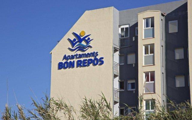 Отель Camping Bon Repos Испания, Санта-Сусанна - отзывы, цены и фото номеров - забронировать отель Camping Bon Repos онлайн вид на фасад