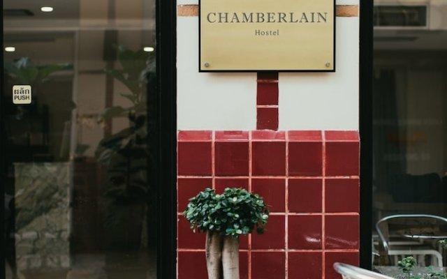 Chamberlain Hostel - Adults Only Бангкок вид на фасад