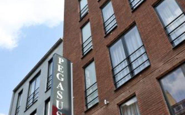 Отель Pegasus Apparthotel Brussels Expo Atomium Брюссель вид на фасад