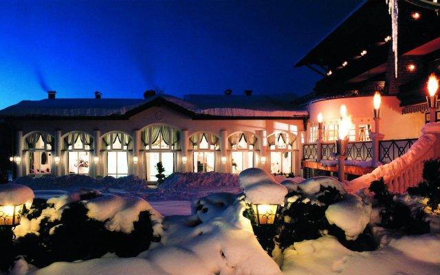 Отель Genuss- und Vitalhotel Moisl Австрия, Абтенау - отзывы, цены и фото номеров - забронировать отель Genuss- und Vitalhotel Moisl онлайн вид на фасад