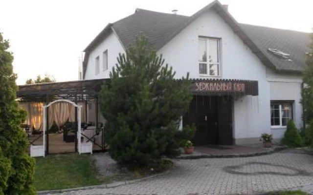 Гостиница Traktir Zerkalny Karp вид на фасад