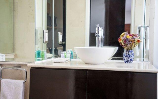 Отель Suites Coben Apartamentos Amueblados Мехико ванная