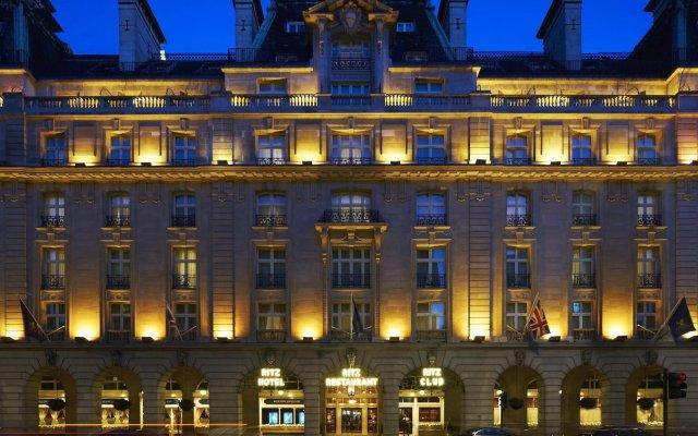 Отель The Ritz London Великобритания, Лондон - 8 отзывов об отеле, цены и фото номеров - забронировать отель The Ritz London онлайн вид на фасад