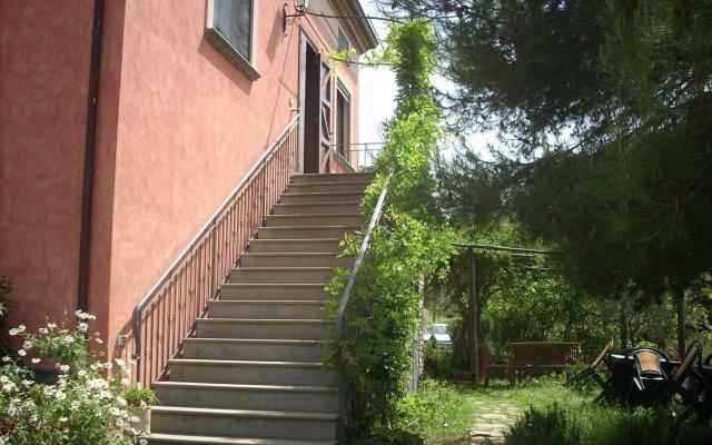 Отель Agriturismo I Moresani Казаль-Велино вид на фасад