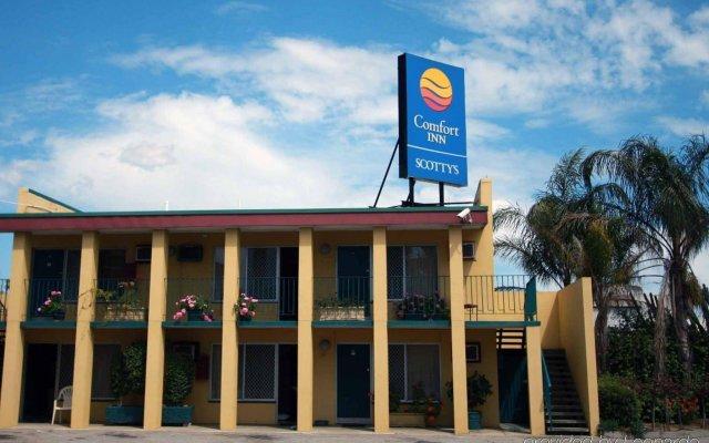 Отель Scottys Motel вид на фасад