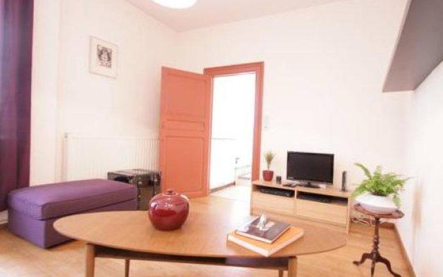 Апартаменты Trone Apartment Брюссель комната для гостей