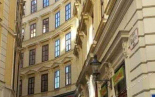 Отель Chez Cliche Serviced Apartments - Naglergasse Австрия, Вена - отзывы, цены и фото номеров - забронировать отель Chez Cliche Serviced Apartments - Naglergasse онлайн вид на фасад