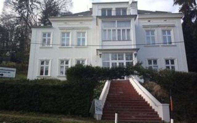 Отель Pension Alt Вена вид на фасад