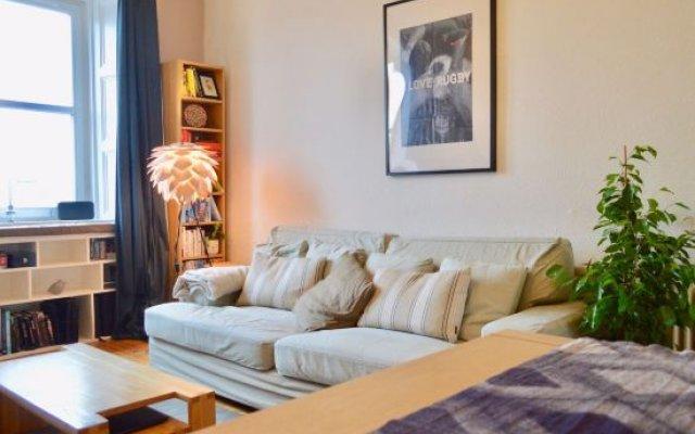 2 Bedroom Flat with Castle View Sleeps 4