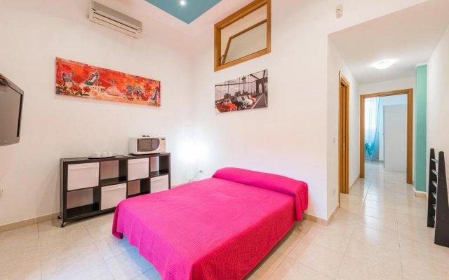 Отель Bari Design City Centre Бари комната для гостей