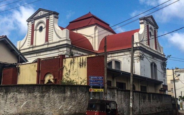 Отель City Motel Шри-Ланка, Коломбо - отзывы, цены и фото номеров - забронировать отель City Motel онлайн вид на фасад