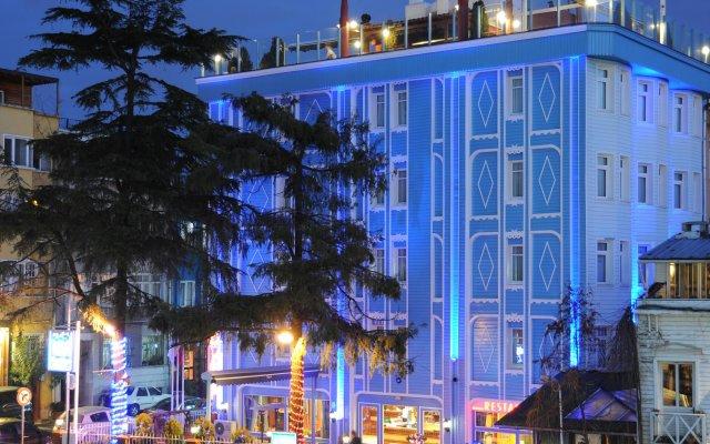 Отель Blue House вид на фасад