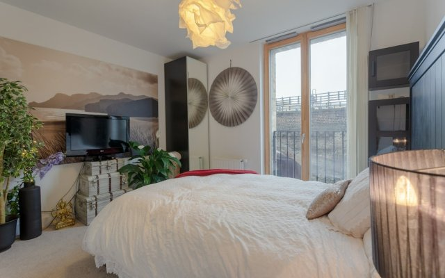 Отель 2 Bedroom Portobello Loft Flat Великобритания, Лондон - отзывы, цены и фото номеров - забронировать отель 2 Bedroom Portobello Loft Flat онлайн комната для гостей