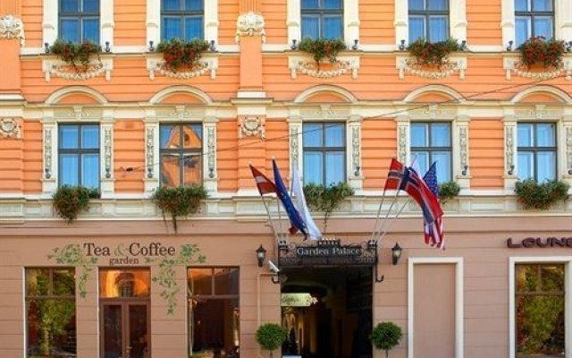 Отель Garden Luxury Residence Латвия, Рига - отзывы, цены и фото номеров - забронировать отель Garden Luxury Residence онлайн вид на фасад